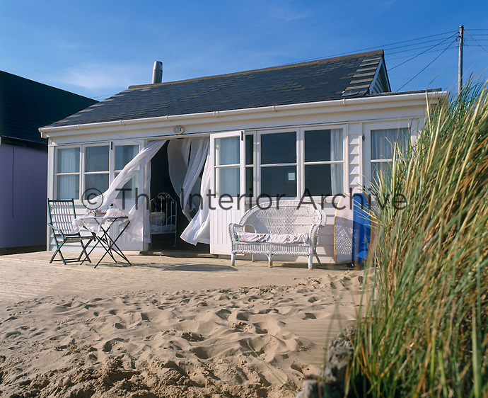 A restored 1930s holiday home in Camber Sands provides an idyllic weekend retreat