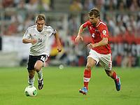 Fussball International  WM Qualifikation 2014   06.09.2013 Deutschland - Oesterreich  Philipp Lahm (li, Deutschland) gegen Andreas Ivanschitz (Osterreich)