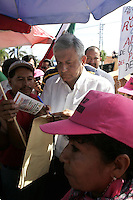 Leftist leader Andres Manuel Lopez Obrador greets supporters during a rally with Oil Defense Brigades in Cordoba, Veracruz, May 30, 2008. Lopez Obrador is heading a tour across the country to fight against the privatization of state-owned Petroleos Mexicanos (PEMEX). Photo by Javier Rodriguez