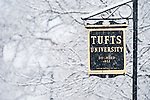 Snow falls on the Medford/Somerville Campus. (Alonso Nichols/Tufts University)