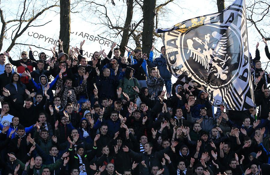 Fudbal Jelen Super League season 2015-2016<br /> Spartak v Partizan<br /> Grobari navijaci zastave fans supporters <br /> Subotica, 29.11.2015.<br /> foto: Srdjan Stevanovic/Starsportphoto&copy;