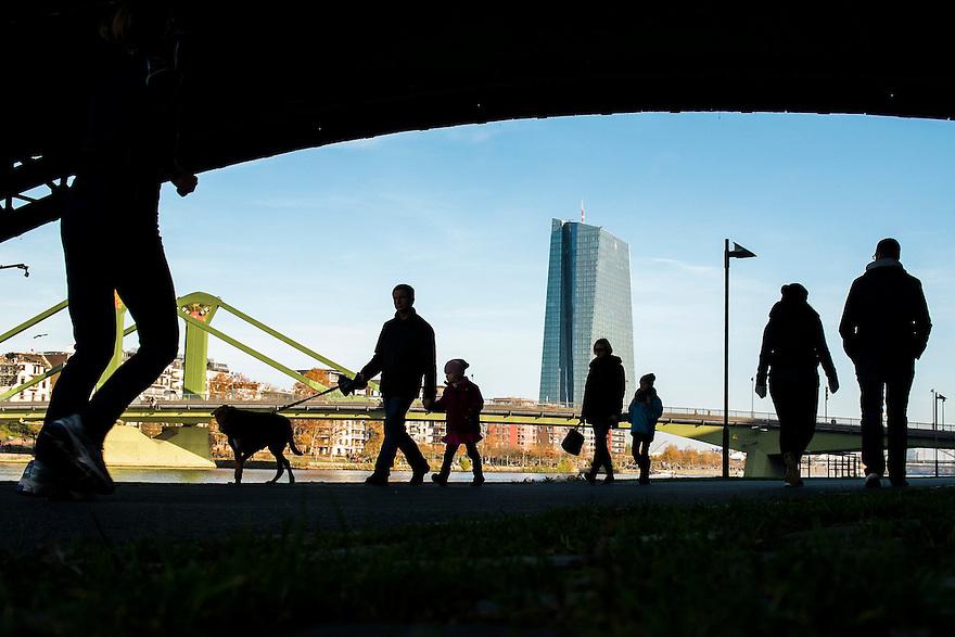 Duitsland, Frankfurt am Main, 23 nov 2014<br /> Zicht op de Europese Centrale Bank ECB  <br /> <br /> Foto: (c) Michiel Wijnbergh