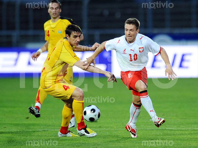Fussball  Laenderspiel 26.05.2008 Polen - Mazedonien Lukasz  Gargula (re,POL) gegen Igor Mitreski (li,MAZ)