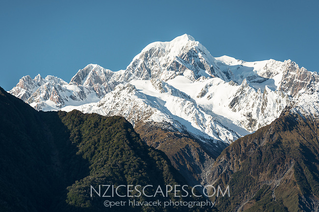 Mount Tasman of Southern Alps, Westland Tai Poutini National Park, UNESCO World Heritage Area, West Coast, New Zealand, NZ