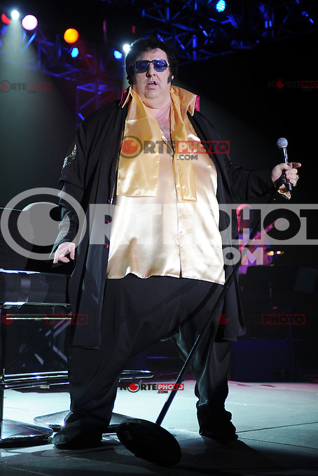 COCONUT CREEK, FL - AUGUST 19 : Pete Big Elvis Vallee performs at the Seminole Coconut Creek Casino on August 19, 2012 in Coconut Creek , Florida. &copy;&nbsp;mpi04/MediaPunch Inc /NortePhoto.com<br />