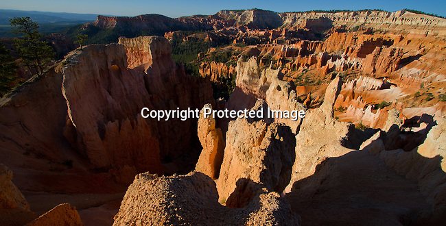 Bryce National Park, southern Utah.<br /> Jim Urquhart/Straylighteffect.com Bryce Canyon National Park Bryce Canyon National Park