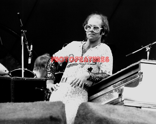 Elton John Stadium Elton John 1975 Dodger Stadium