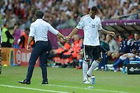 FUSSBALL  EUROPAMEISTERSCHAFT 2012   HALBFINALE Deutschland - Italien              28.06.2012 Trainer Joachim Loew (li) und Jerome Boateng (re, beide Deutschland)