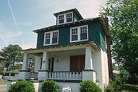 1997 May 01..Conservation.Ballentine Place...2650 BALLENTINE BOULEVARD...NEG#.NRHA#..
