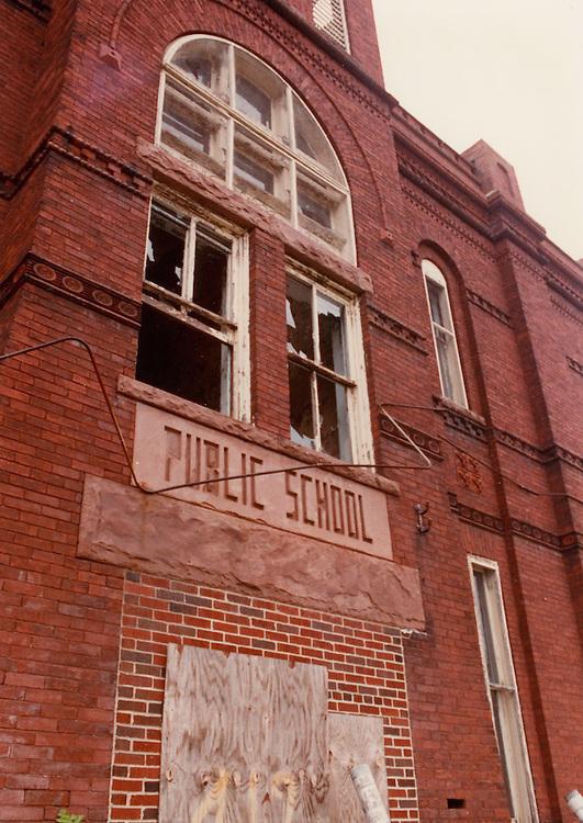 1991 June ..Conservation.Central Brambleton..J. B. Goode School building...NEG#.NRHA#.06/91  CONSERV  :Brambl  2:2  :17 :.
