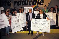 Roma .Congresso del Partito Radicale.Enzo Tortora insieme ai militanti del MIT Movimento Italiano Transessuali durante una protesta