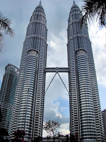 Petronas twin towers in kuala lumpur malaysia encircle for Twin towers how many floors