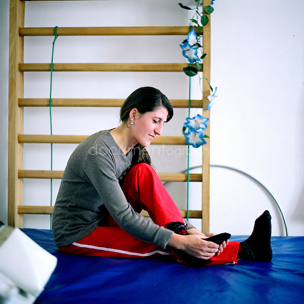 In 1998 the only rehabilitation centre in NK - Nagorno Karabagh- has been built in the capital of Stepanakert. Since then, the centre is in charged of 20 patients who come daily and of 15 patients who stay for a long period there. Manoush, 25 years old, is one of them. Twice a year she stays at the centre for several months. Manoush has been injured of the feet when she was 8 years old. Her older brother, 11, died when she has been injured because of the explosion of a bomb left in their garden.