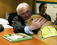 30/4/07.An Taoiseach, Bertie Ahern T.D launched the new Paddy Power website irishelectionbetting.com An Taoiseach placed a EUR1,000 charity bet on the forthcoming Irish General Election in aid of the Irish Guide Dogs for the Blind at Paddy Power Betting Shop 145 Lower Baggot Street, Dublin 4..Pic: Collins Photos. .