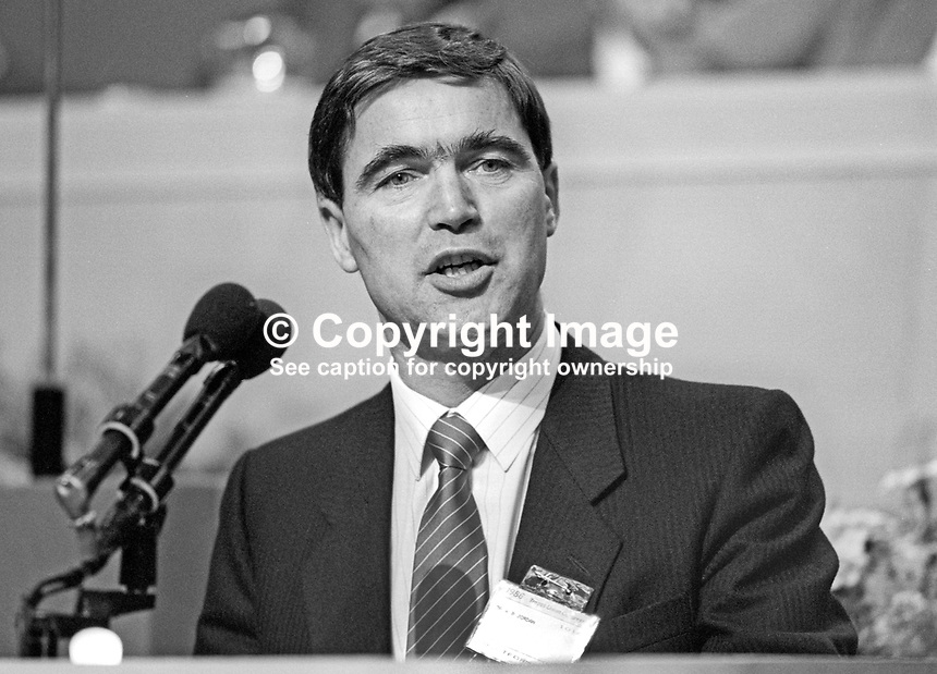 Bill Jordan, president, AEU, Amalgamated Engineering Union, UK, at annual conference, TUC, Trades Union Congress. 19860908BJ2<br /> <br /> Copyright Image from Victor Patterson, 54 Dorchester Park, Belfast, UK, BT9 6RJ<br /> <br /> t1: +44 28 9066 1296 (from Rep of Ireland 048 9066 1296)<br /> t2: +44 28 9002 2446 (from Rep of Ireland 048 9002 2446)<br /> m: +44 7802 353836<br /> <br /> e1: victorpatterson@me.com<br /> e2: victorpatterson@gmail.com<br /> <br /> The use of any of my copyright images is subject to my Terms &amp; Conditions.<br /> <br /> It is IMPORTANT that you familiarise yourself with them. They are available on my website, victorpatterson.com.<br /> <br /> None of my copyright images may be used on the Internet unless they are visibly watermarked, i.e. &copy; Victor Patterson within the body of the image. Metadata denoting my copyright must NOT be deleted. <br /> <br /> Web use is extra at currently recommended NUJ rates.