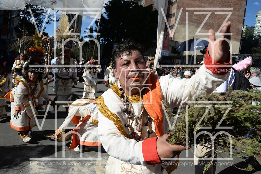 BOGOTÁ-COLOMBIA-19-03-2014. Desfile  del XIV Festival Iberoamericano de Teatro que se realizara en Bogotá entre el 4 y el 20 de abril de 2014./ Parade of the XIV Ibero-American Theater Festival to be Helm in Bogota  between 4 and 20, 2014.  Photo: VizzorImage/ Diana Sánchez /Str