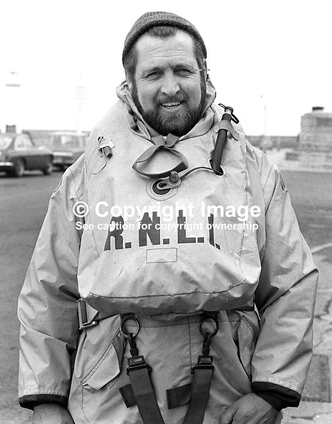 William Lennon, crewman, RNLI, Royal National Lifeboat Institution,  lifeboat, Donaghadee, Co Down, N Ireland, UK, 197303280156.<br />