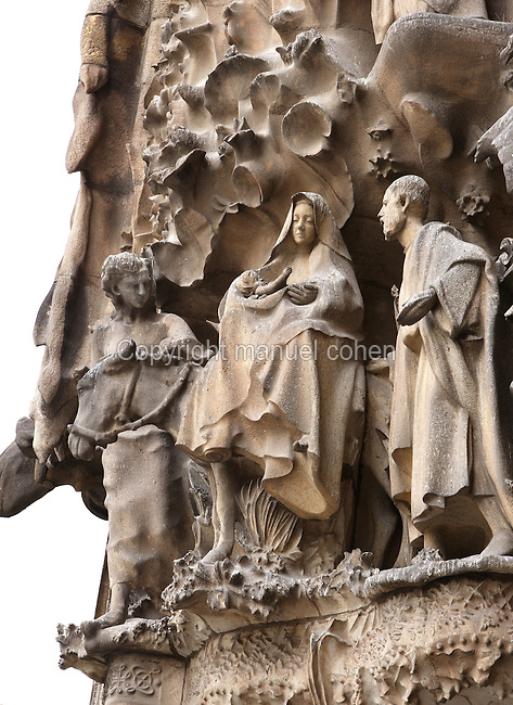 Flight from Egypt, sculptures by Llorenç Matamala I Piñol with touches of Carles Mani, Hope hallway, Nativity façade, La Sagrada Familia, Barcelona, Catalonia, Spain, Roman Catholic basilica, built by Antoni Gaudí (Reus 1852 ? Barcelona 1926) from 1883 to his death. Still incomplete. Picture by Manuel Cohen