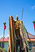 King Kamehameha Statue, Flower leis for Kamehameha Day, Kapaau, North Kohala, Island of Hawaii