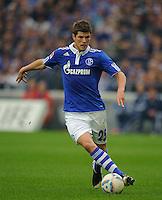 Fussball Bundesliga Saison 2011/2012 6. Spieltag FC Schalke 04 - FC Bayern Muenchen Klaas-Jan HUNTELAAR (Schalke).