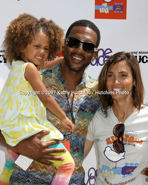 Bill Bellamy , wife Kristen, and daughter.Kidstock Music And Art Festival.Greystone Mansion.Beverly Hills, CA.June 2, 2007.©2007 Kathy Hutchins / Hutchins Photo....