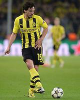 FUSSBALL  CHAMPIONS LEAGUE  HALBFINALE  HINSPIEL  2012/2013      Borussia Dortmund - Real Madrid              24.04.2013 Mats Hummels (Borussia Dortmund) Einzelaktion am Ball
