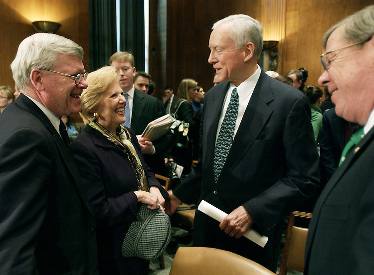 03/17/05.FOOD AND DRUG ADMINISTRATION NOMINATION--Lester M. Crawford, wife Catherine, Sen. Orrin G. Hatch, R-Utah, and Sen. Johnny Isakson, R-Ga., after the Senate Health, Education, Labor and Pensions hearing on Crawford's nomination to be commissioner of the Food and Drug Administration..CONGRESSIONAL QUARTERLY PHOTO BY SCOTT J. FERRELL