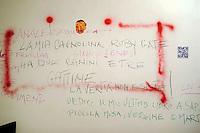 Carpe diem mostra d'arte di Vettor Pisani nella galleria Limen otto9cinque,nello storico quartiere di San Lorenzo..Carpe diem art exhibition of Vettor Pisani in the Limen otto9cinque gallery, in the historic district of San Lorenzo....