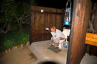 KLASERIE PRIVATE GAME RESERVE, SOUTH AFRICA, DECEMBER 2004. The outhouse offers an open view over the landscape and thus the nightstalkers. Wildlife guide Gary Freeman takes people on walking safaris in the bush. Photo by Frits Meyst/Adventure4ever.com