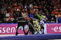 SCHAATSEN: HEERENVEEN: IJsstadion Thialf, 13-01-2013, Seizoen 2012-2013, Essent ISU EK allround, Europees kampioen 2013, Sven Kramer (NED) maakt zijn ereronde met de arreslee met Fries paard, ©foto Martin de Jong