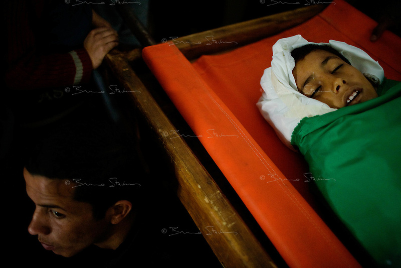Rafah, Gaza Strip, Jan 16 2009.The funeral of Aissa Mohammed Armilat, 12, who was in the garden in front of his house in eastern Rafah at 7AM when an Israeli shell killed him on the spot. There was no fighting activity whatsoever in the area.