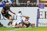Tom Dunn of Bath Rugby crosses the try-line early in the first half. European Rugby Challenge Cup match, between Bath Rugby and Pau (Section Paloise) on January 21, 2017 at the Recreation Ground in Bath, England. Photo by: Patrick Khachfe / Onside Images