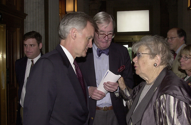 Moynihan D.1(DG) 060600 -- Bob Kerry, D-Neb., Daniel Patrick Moynihan, D-N.Y. and Washington Post reporter Mary McGrory talk after the policy luncheon.