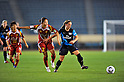 (L to R) Junko Kai (Leonessa), Katy Chapman (Arsenal), NOVEMBER 30, 2011 - Football / Soccer : TOYOTA Vitz Cup during Frendiy Women's Football match INAC Kobe Leonessa 1-1 Arsenal Ladies FC at National Stadium in Tokyo, Japan. (Photo by Jun Tsukida/AFLO SPORT) [0003]