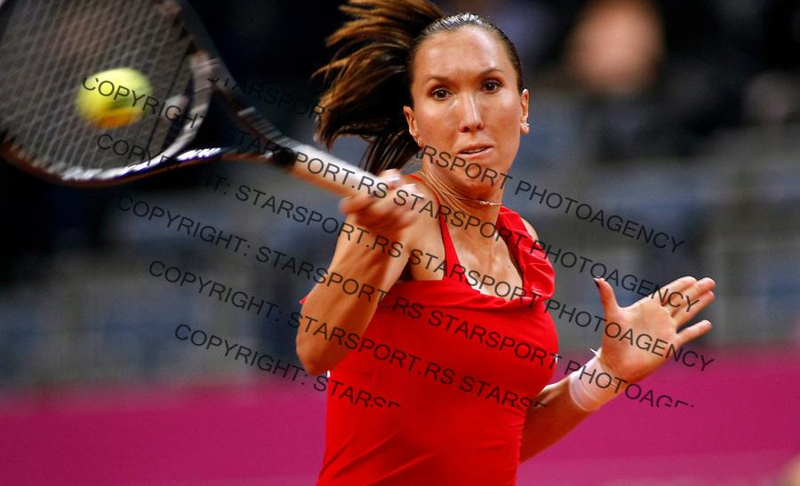 Tenis, Fed Cup 2010.Serbia Vs. Slovakia.Jelena Jankovic Vs. Magdalena Rybarikova.Jelena Jankovic returnes.Belgrade, 24.04.2010..foto: Srdjan Stevanovic/Starsportphoto ©