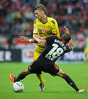 FUSSBALL   1. BUNDESLIGA   SAISON 2011/2012    4. SPIELTAG Bayer 04 Leverkusen - Borussia Dortmund              27.08.2011 Lukasz PISZCZEK (li, Dortmund) gegen Sidney SAM (re, Leverkusen)