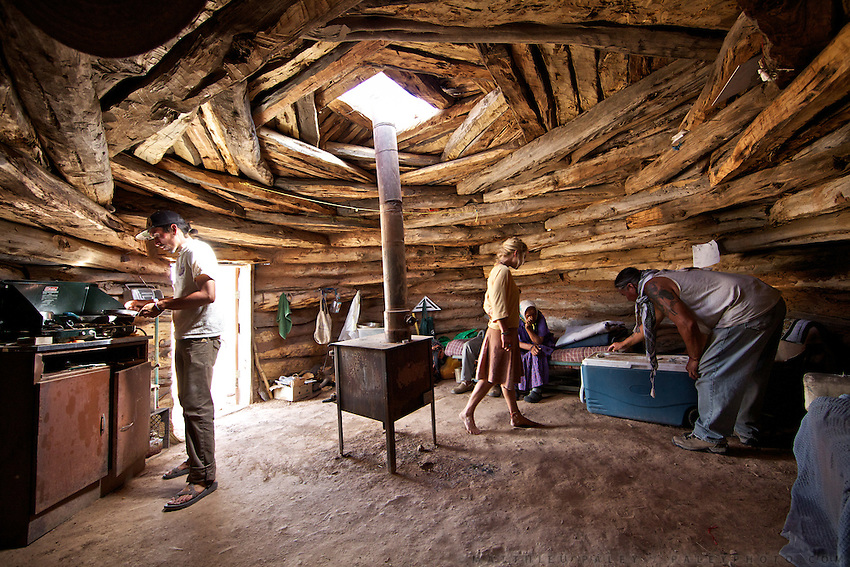 "Che, Kat and Kathleen...Meeting with Kat, a Navajo Indian shepherd living in a traditional Hogan (the primary traditional home of the Navajo people, similar in appearance to a Yurt) in the Black Mesa. Black Mesa is an upland area in Navajo County, Arizona, it derives its dark appearance from the numerous seams of coal which run through it. .Kat resisted the relocation imposed by US law that  intended to encourage Native Americans to leave Indian reservations and assimilate into the general population - in order to better exploit natural ressources available on the reservations. The relocations played a decisive role in increasing the population of urban Indians...A 4-weeks road trip across the USA, from New York to San Francisco, on the steps of Jack Kerouac's famous book ""On the Road"".  Focusing on nomadic America: people that live on the move across the US, out of ideology or for work reasons."