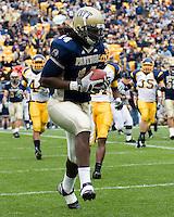 30 September 2006: Pitt tight end Darrell Strong scores on a one-yard touchdown reception.  The Pitt Panthers defeated the Toledo Rockets 45-3 on September 30, 2006 at Heinz Field, Pittsburgh, Pennsylvania.