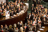 Solons of the leftist Party of Democratic Revolution take over the presidium and to stop President Vicente Fox to give his State of the Nation, September 1, 2006. Photo by Javier Rodriguez