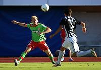 FUSSBALL  DFB POKAL        SAISON 2012/2013 SV Wacker Burghausen - Fortuna Duesseldorf  19.08.2012 Tobias Levels (li, Duesseldorf) gegen Fabian Aupperle (Burghausen)