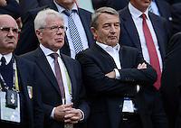 FUSSBALL  EUROPAMEISTERSCHAFT 2012   VORRUNDE Spanien - Italien            10.06.2012 Reinhard Rauball (li) und DFB-Praesident Wolfgang Niersbach (re) zu Gast auf der Tribuene
