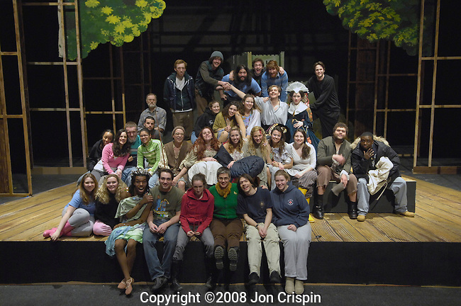 "UMASS theatre ""Ondine"".© 2008 JON CRISPIN .Please Credit   Jon Crispin.Jon Crispin   PO Box 958   Amherst, MA 01004.413 256 6453.ALL RIGHTS RESERVED."