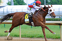 Groupie Doll (no. 6), ridden by Rajiv Maragh and trained by William Bradley, wins the  26th running of the grade 1 Humana Distaff Stakes for Fillies and mares four years old and upward on May 05, 2012 at Churchill Downs in Louisville, Kentucky.  (Bob Mayberger/Eclipse Sportswire)