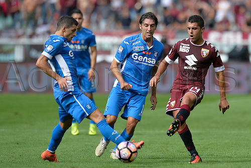 19.09.2016. Stadio Olimpico, Torino, Italy. Serie A Football. Torino versus Empoli. Iago Falque plays the ball back . The game ended in a 0-0 draw.