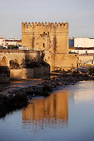 Calahorra Tower, Southern end of the Roman Bridge, 14th Century, built by Alfons XI upon the remains of an old Arab fortress, Cordoba, Andalusia, Spain. Actually houses the Museum of the Three Cultures (Muslim, Jewish and Christian). Picture by Manuel Cohen