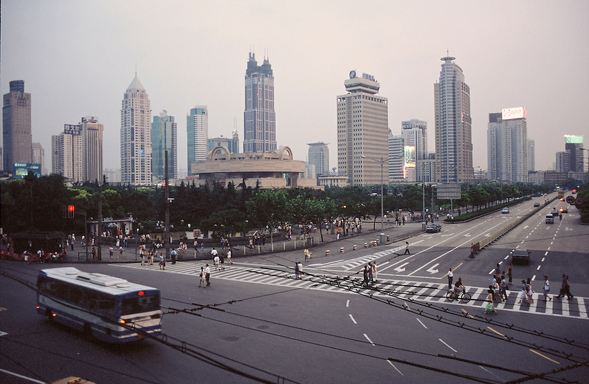 Shanghai, intersection of Renmin Lu (People's Avenue) with the Museum of Arts and Shaanxi Lu . July 2002.