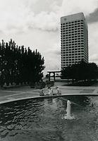 1970 June 10..Redevelopment...Downtown South (R-9)..Virginia National Bank Building..Millard Arnold.NEG# MDA70-64-21.NRHA#..