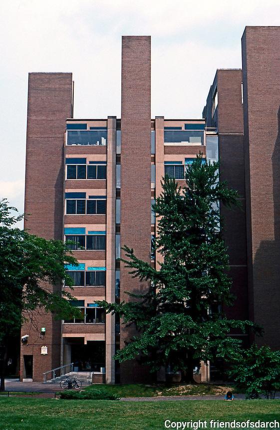 Louis I. Kahn: Richards Medical Research Lab, Univ. of Pennsylvania 1957-61.  Photo '85.