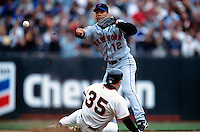 SAN FRANCISCO, CA - Roberto Alomar of the New York Mets in action during a game against the San Francisco Giants at Pacific Bell Park in San Francisco, California on August 22, 2002. Photo by Brad Mangin