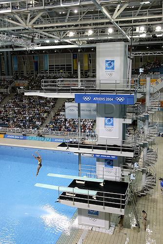 25 August 2004: General view of the Diving Pool during the Women's 3m Springboard Preliminary round at The Olympic Aquatic Centre. 2004 Olympic Games, Athens, Greece. Photo: Neil Tingle/Action Plus...040825 venue venues  watersport diving